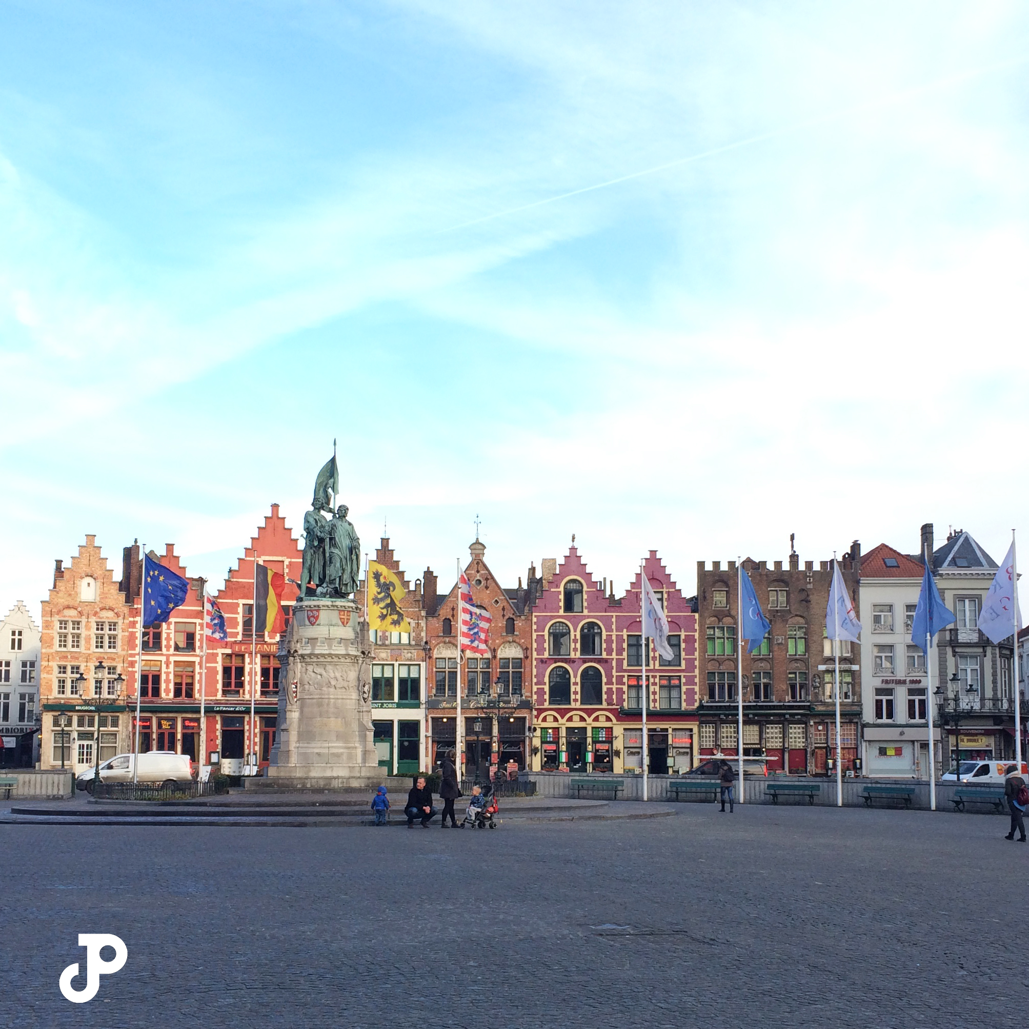 Markt square with colorful narrow buildings in the background