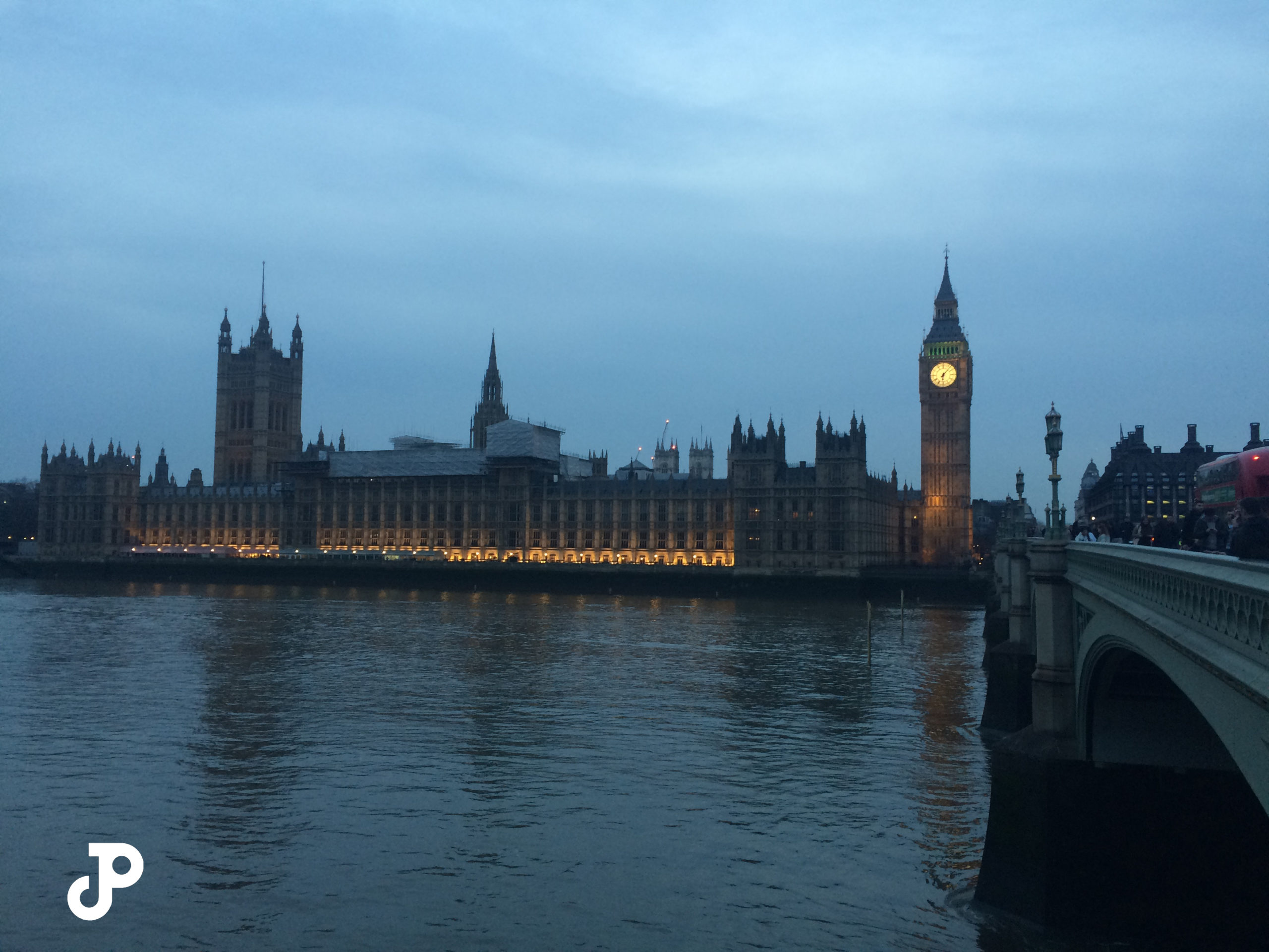 Big Ben and the Houses of Parliament at twilight