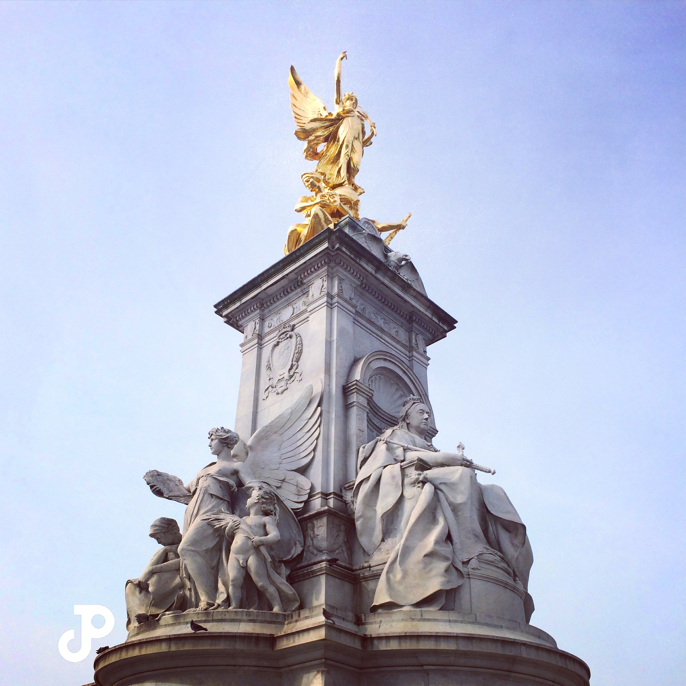 the Queen Victoria Memorial in London