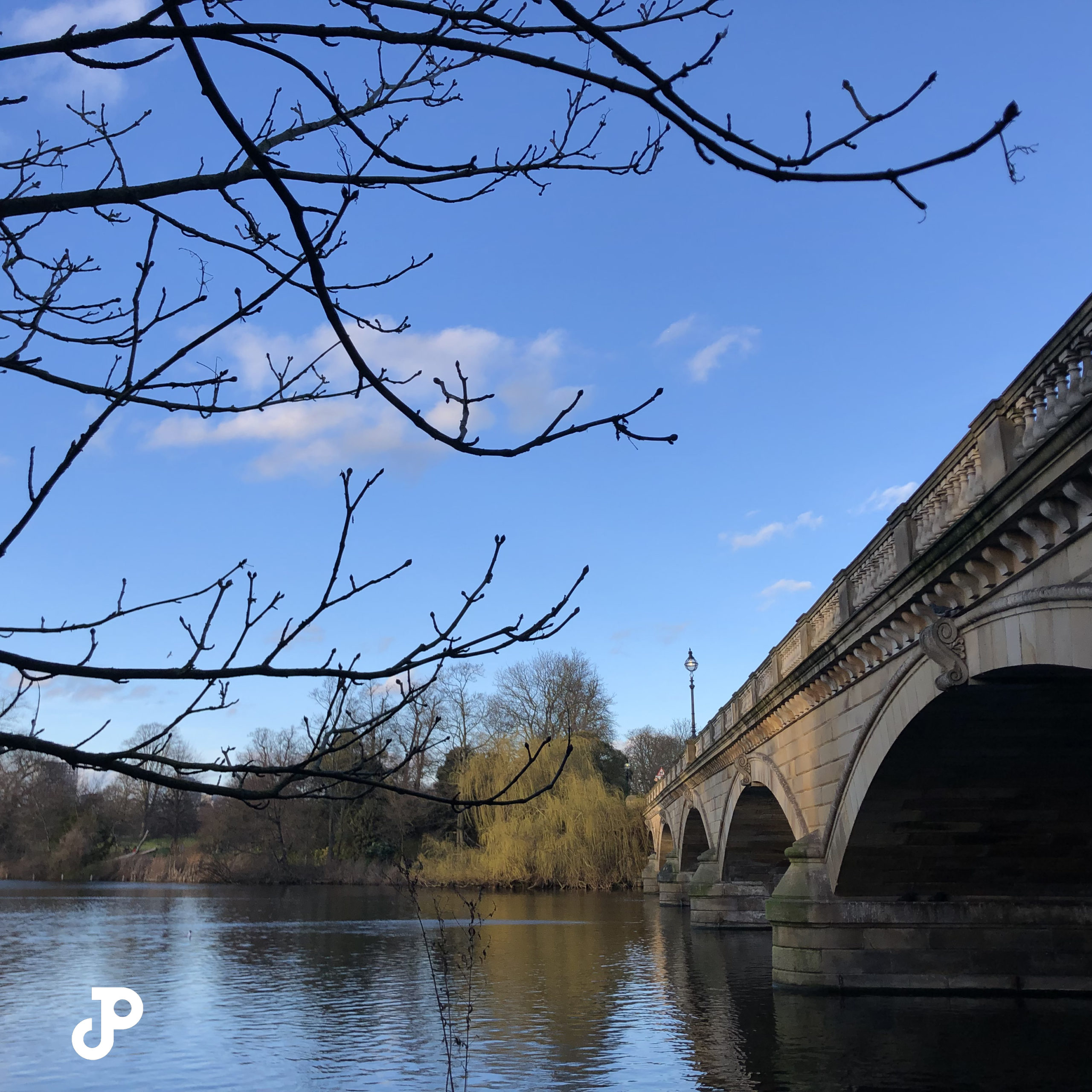 a bridge spanning the Serpentine river in Hyde Park